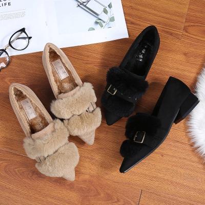 毛毛鞋女冬外穿2018新款加绒尖头中跟粗跟女鞋豆豆鞋兔毛保暖单鞋