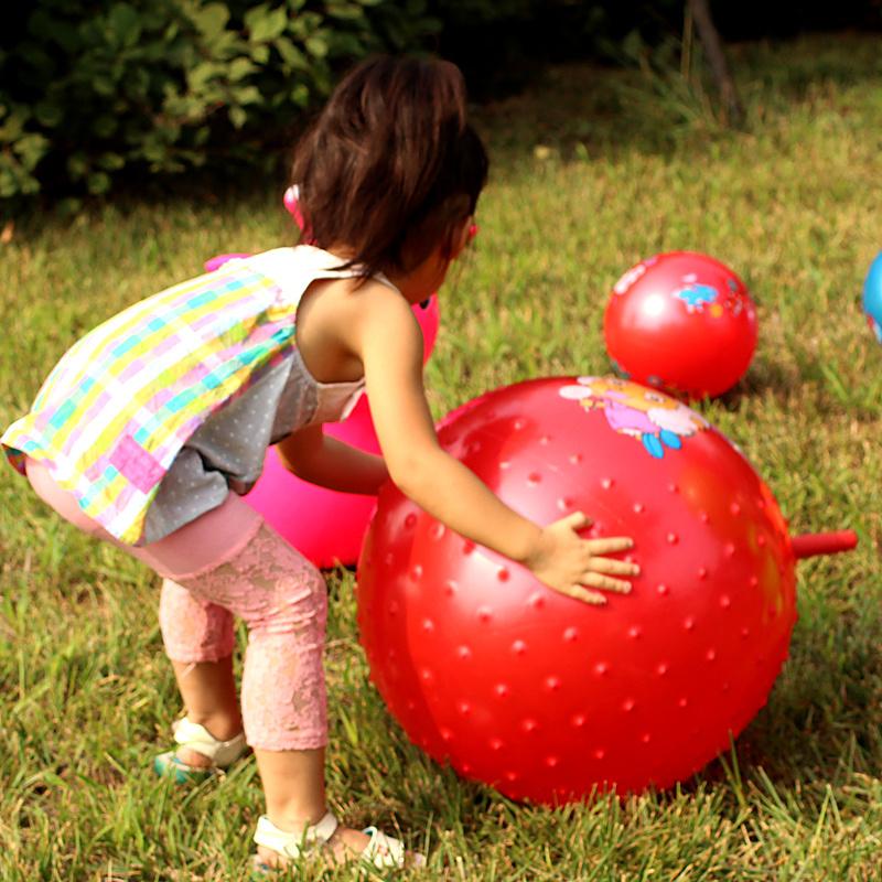 儿童羊角球玩具球跳跳球加厚大号宝宝球类玩具幼儿园球小孩弹力球