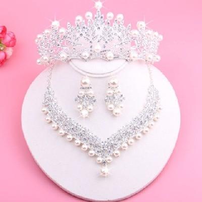 新娘配饰结婚头饰套装珍珠水钻影楼拍婚纱照皇冠项链耳环三件套装