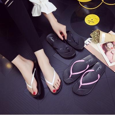 夏季新款纯色人字拖女士休闲凉拖鞋女夹脚防滑平底学生简约沙滩鞋