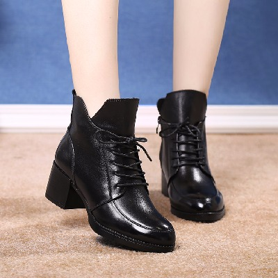 短靴女粗跟妈妈鞋棉鞋真皮冬季新款英伦休闲马丁靴尖头中跟棉靴女
